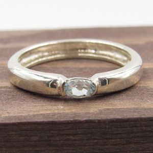 Size 8.5 Sterling Silver Blue Topaz Stone Band